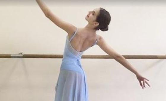 Bailarina de Ballet de la Mar gana beca para estudiar en el Bolshoi