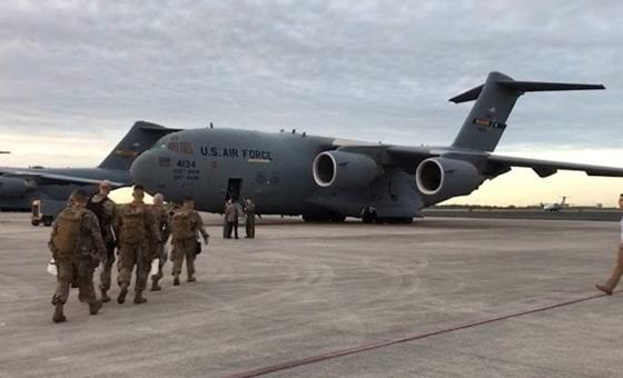 EE UU y Colombia inician ejercicios militares de entrega de ayuda humanitaria