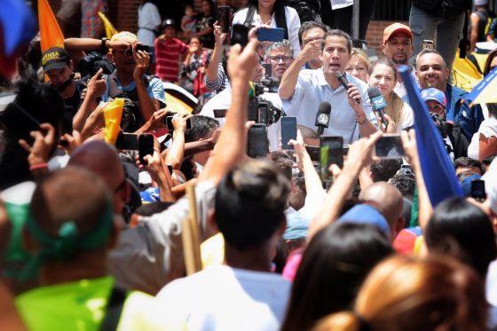 Guaidó desde Petare pide al mundo solidaridad con los venezolanos