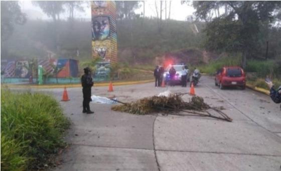 Dos muertos dejó explosión de granada en Misión Vivienda de la Panamericana