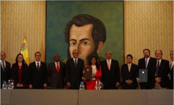 """Claves del """"diálogo paralelo"""" del régimen de Maduro con partidos minoritarios de oposición"""