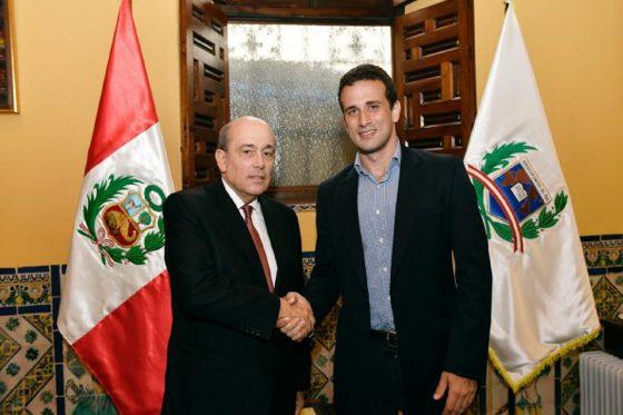 Embajador de Venezuela en Perú anuncia medidas de protección a venezolanos