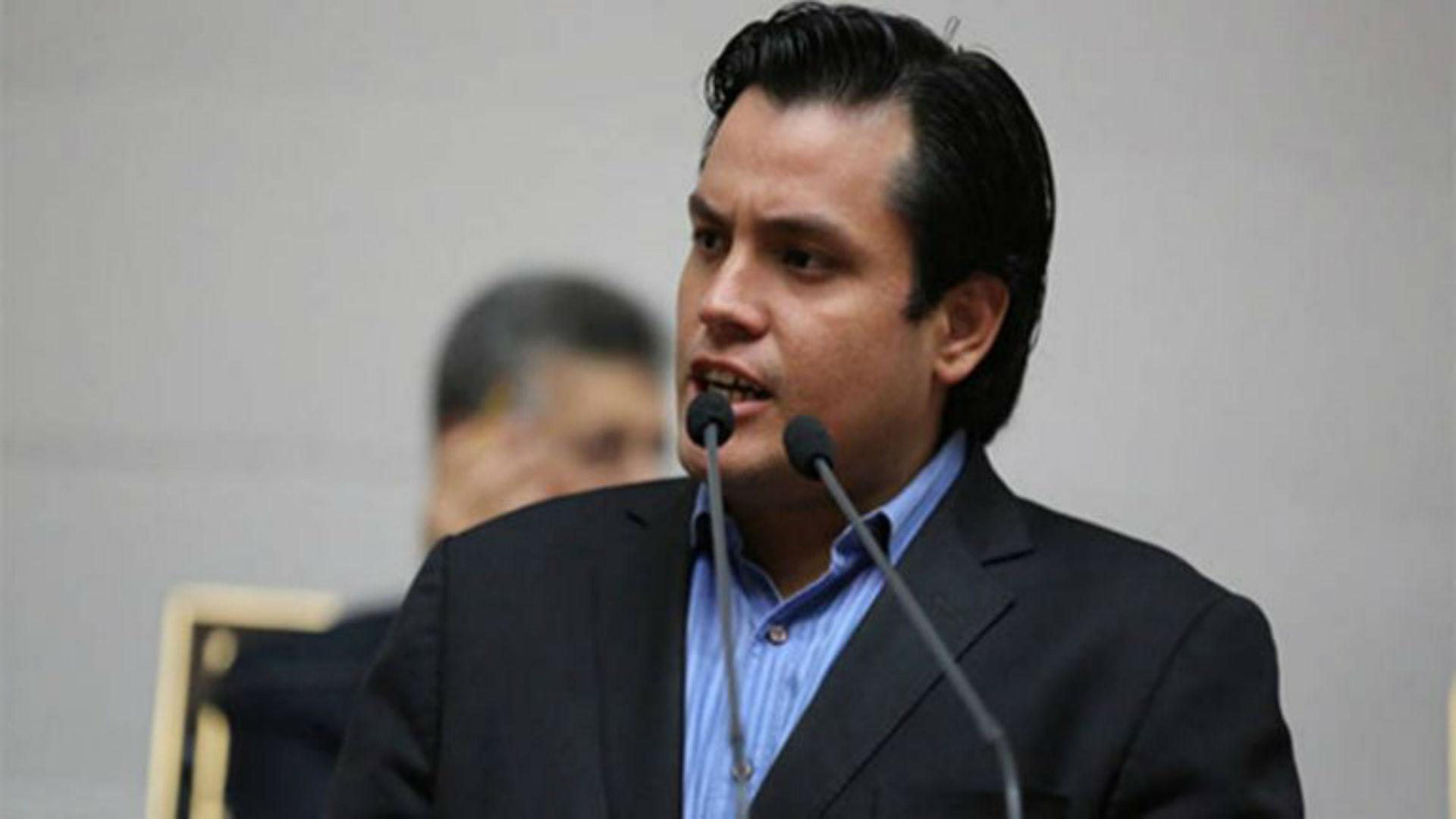 Carlos Paparoni: Familia de Maduro es la encargada de la venta de oro para obtener euros