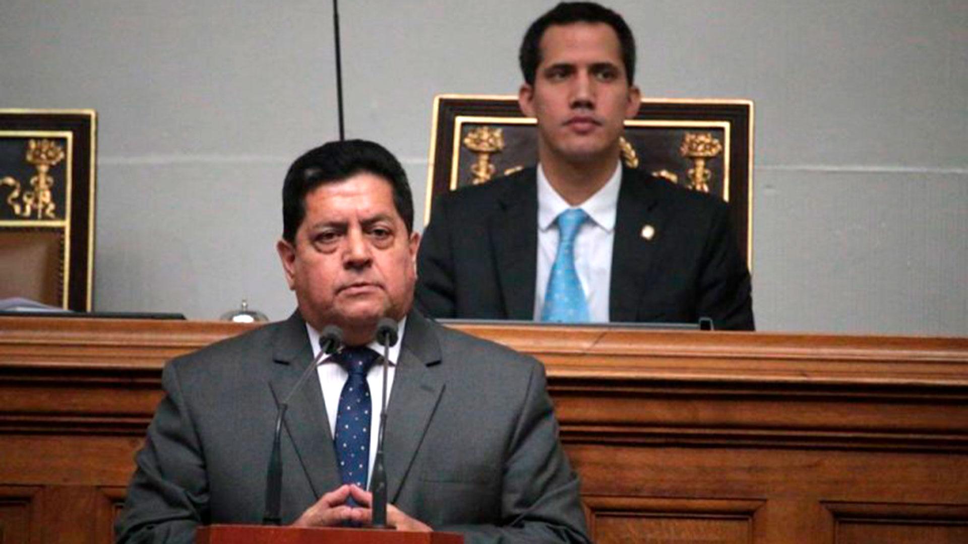 Edgar Zambrano reitera llamado a elecciones presidenciales