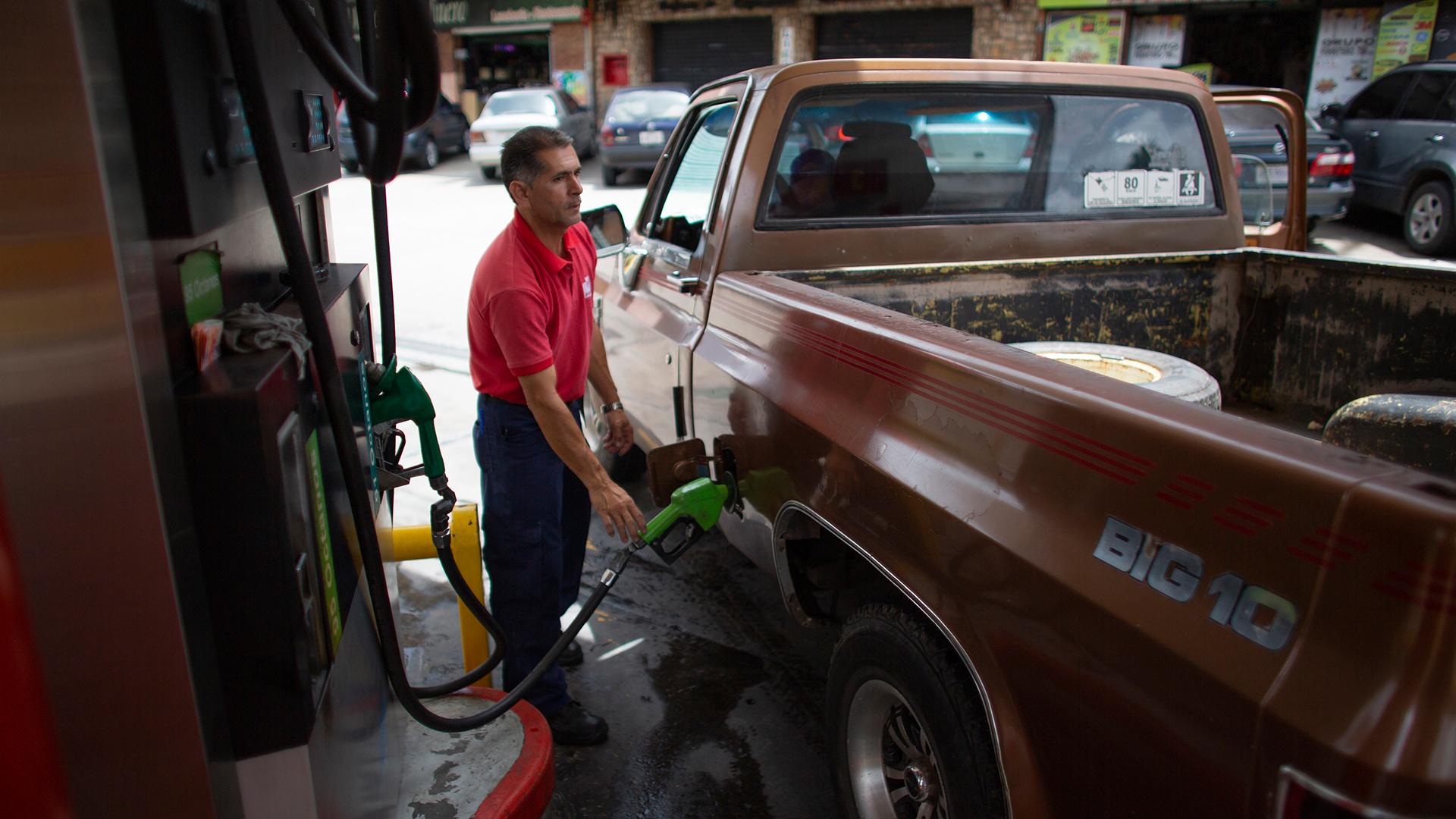 Indígenas denuncian que tienen cinco meses con desabastecimiento de gasolina