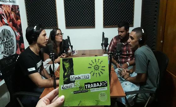 """Humano Derecho #139 con Ernesto Rojas """"Cuerdas Duras"""" vocalista de Agente Extraño"""