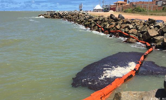 Pdvsa niega que derrame de crudo en Brasil sea de Venezuela