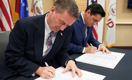 Estados Unidos destina 98 millones de dólares para apoyar al pueblo venezolano
