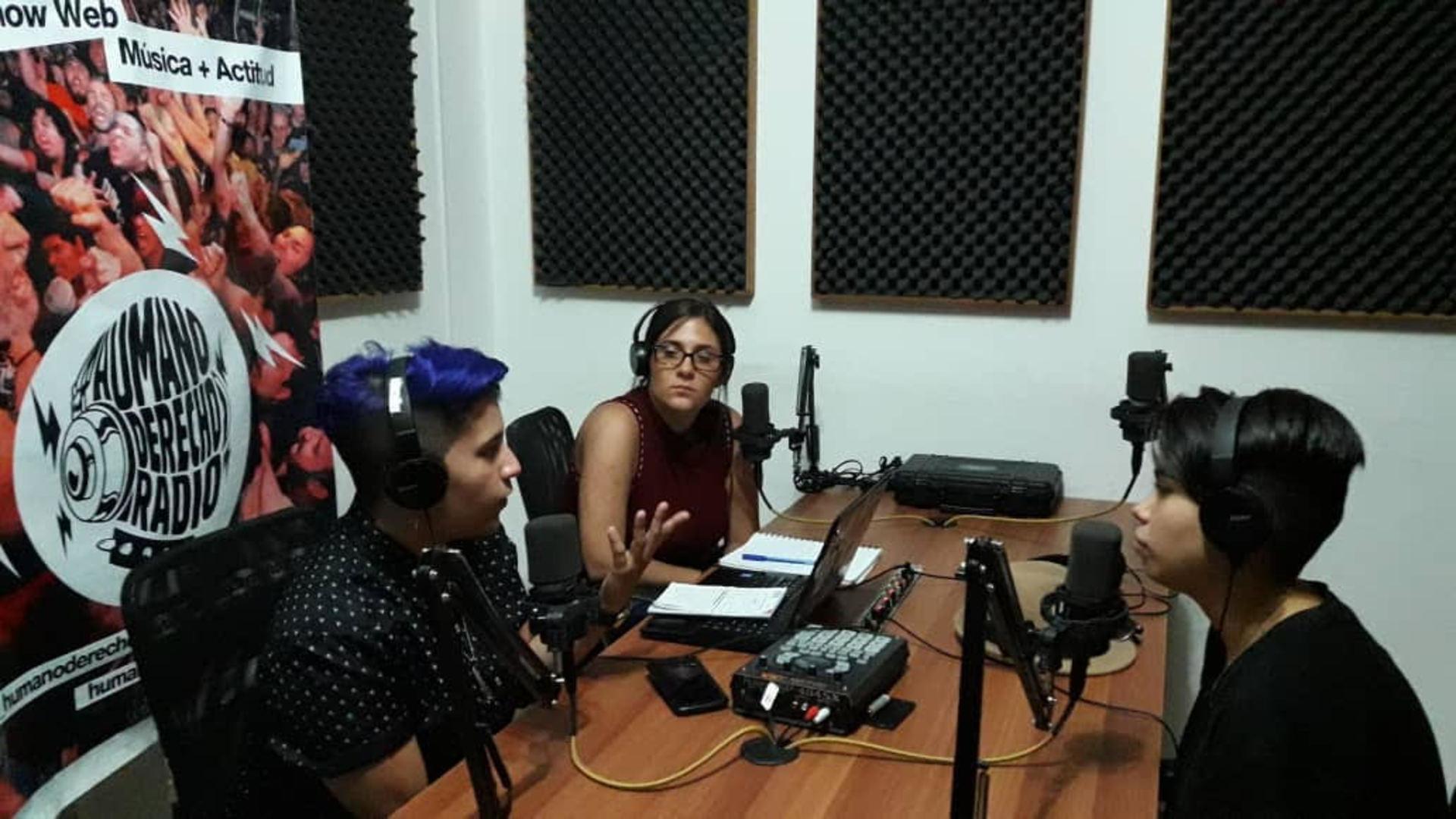 """Humano Derecho #140 con Loisa Urbina y Karolay Hernández  representantes del Proyecto """"Desiguales"""""""
