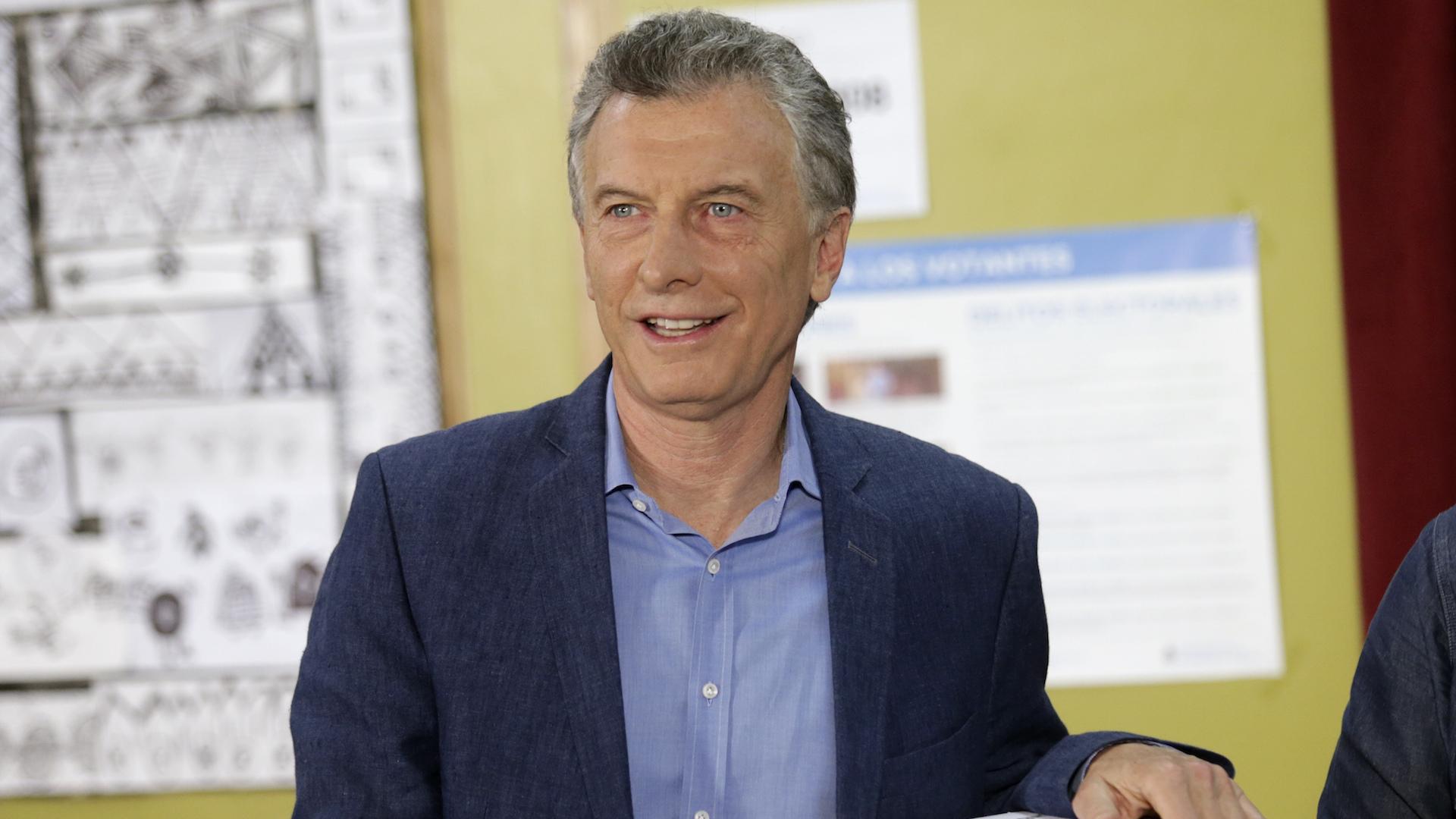 Finaliza votación en Argentina y Fernández aventajaría a Macri