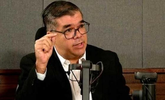 Constitucionalista asegura que traspaso de minas a gobernaciones viola la Constitución y Ley de Hidrocarburos de Chávez