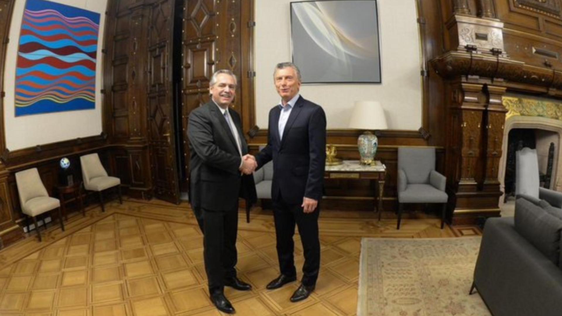 Mauricio Macri y Alberto Fernández se reunieron en la Casa Rosada tras elecciones presidenciales