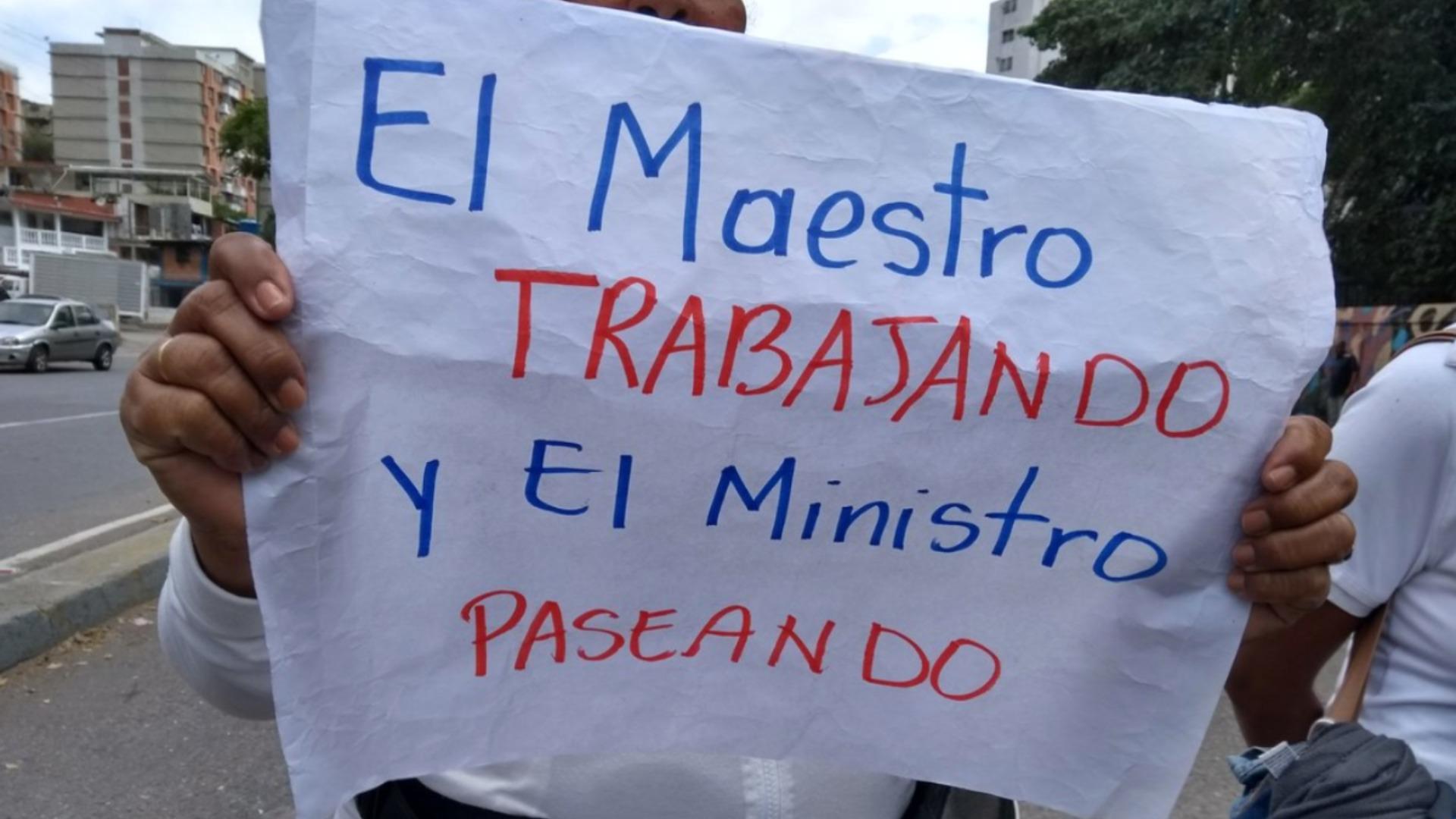 Docentes inician jornada de protestas el 15 de enero a propósito del Día del Maestro