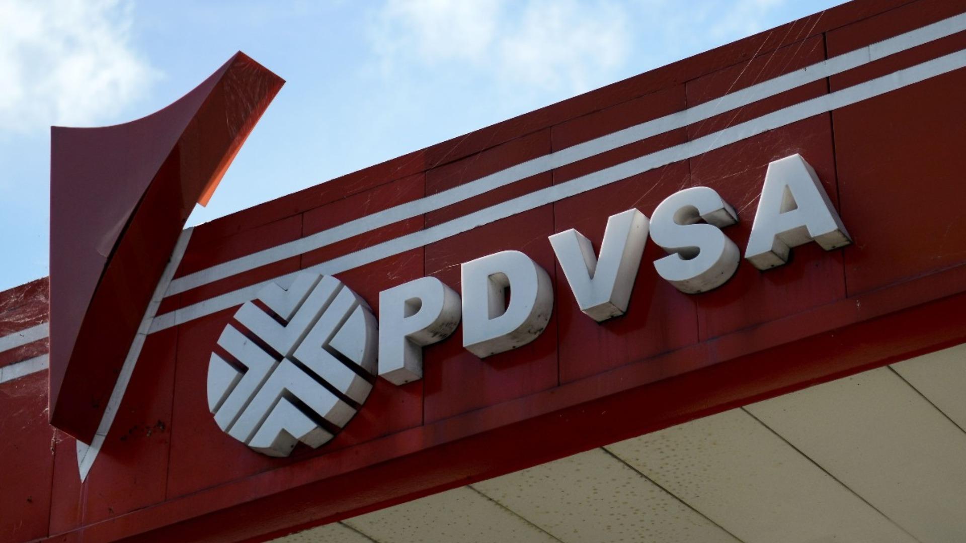 Pdvsa reduce deuda con Rosneft a 800 millones de dólar en tercer trimestre