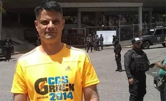 Excarcelan a Pedro Jaimes, detenido hace un año y cinco meses por divulgar la ruta del avión presidencial