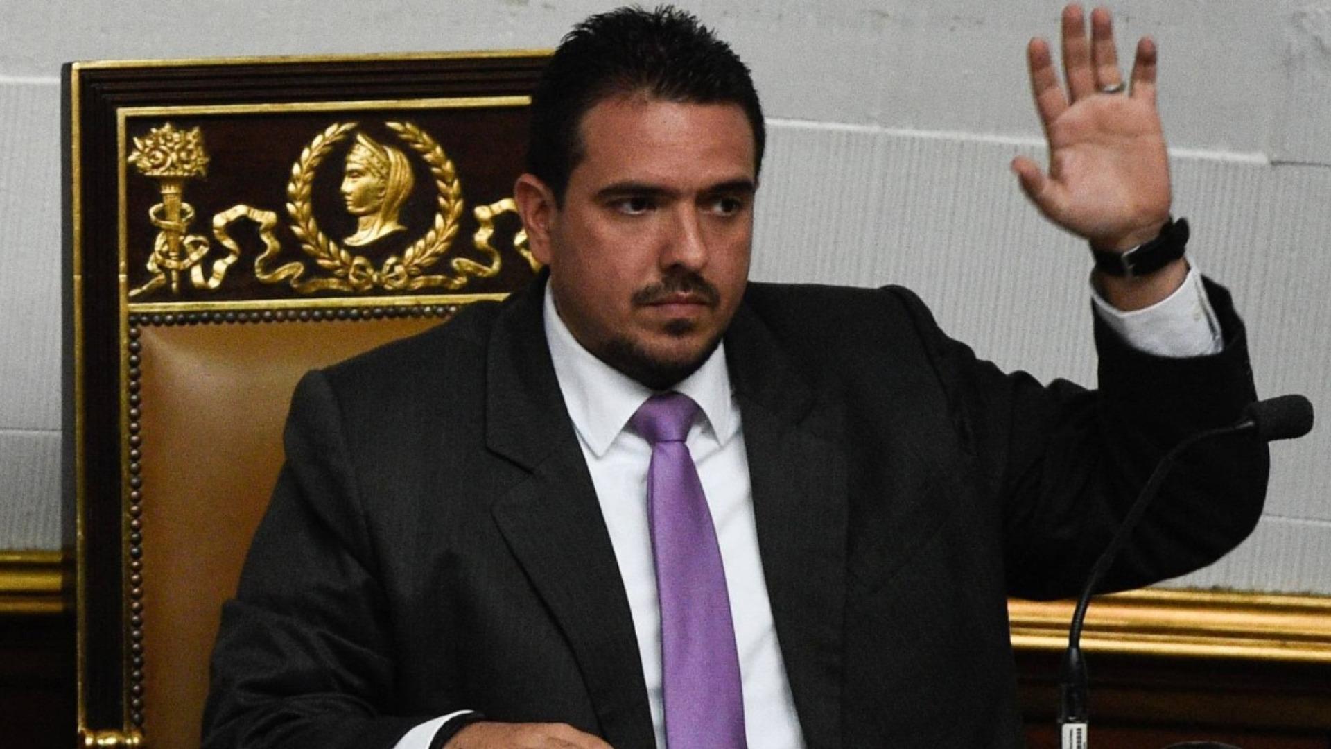 Stalin González: El 5 de enero ratificaremos a Guaidó como presidente de la AN