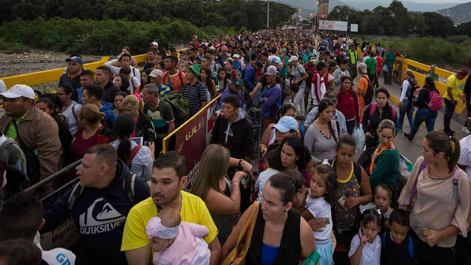 Colombia reclama atención a crisis migratoria venezolana similar a la siria