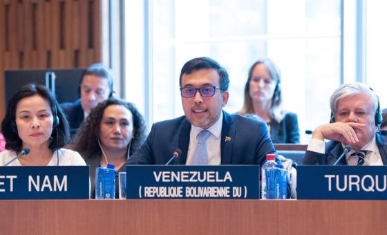 Venezuela denuncia impacto de las sanciones de EEUU ante la Unesco