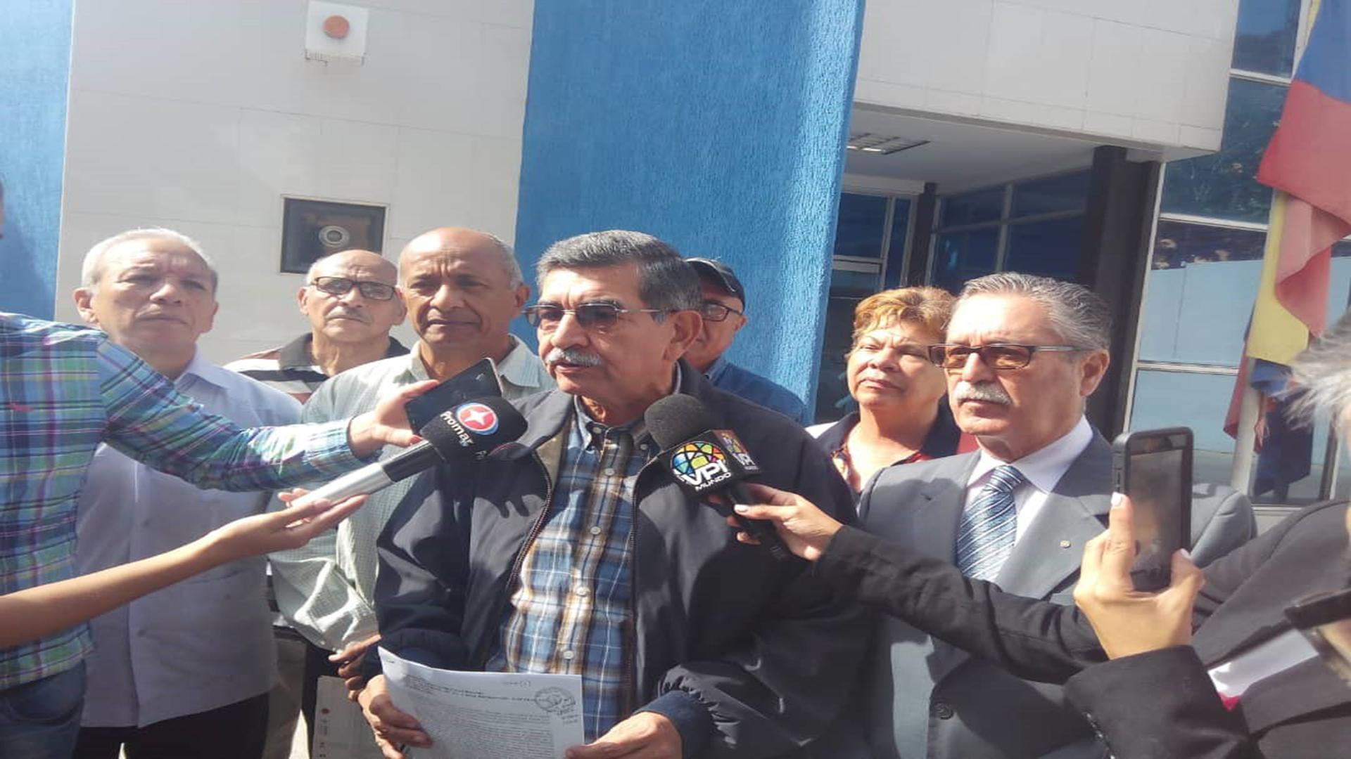 Diputado Guillermo Palacios denunció ante la Fiscalía ser víctima de amenazas de muerte