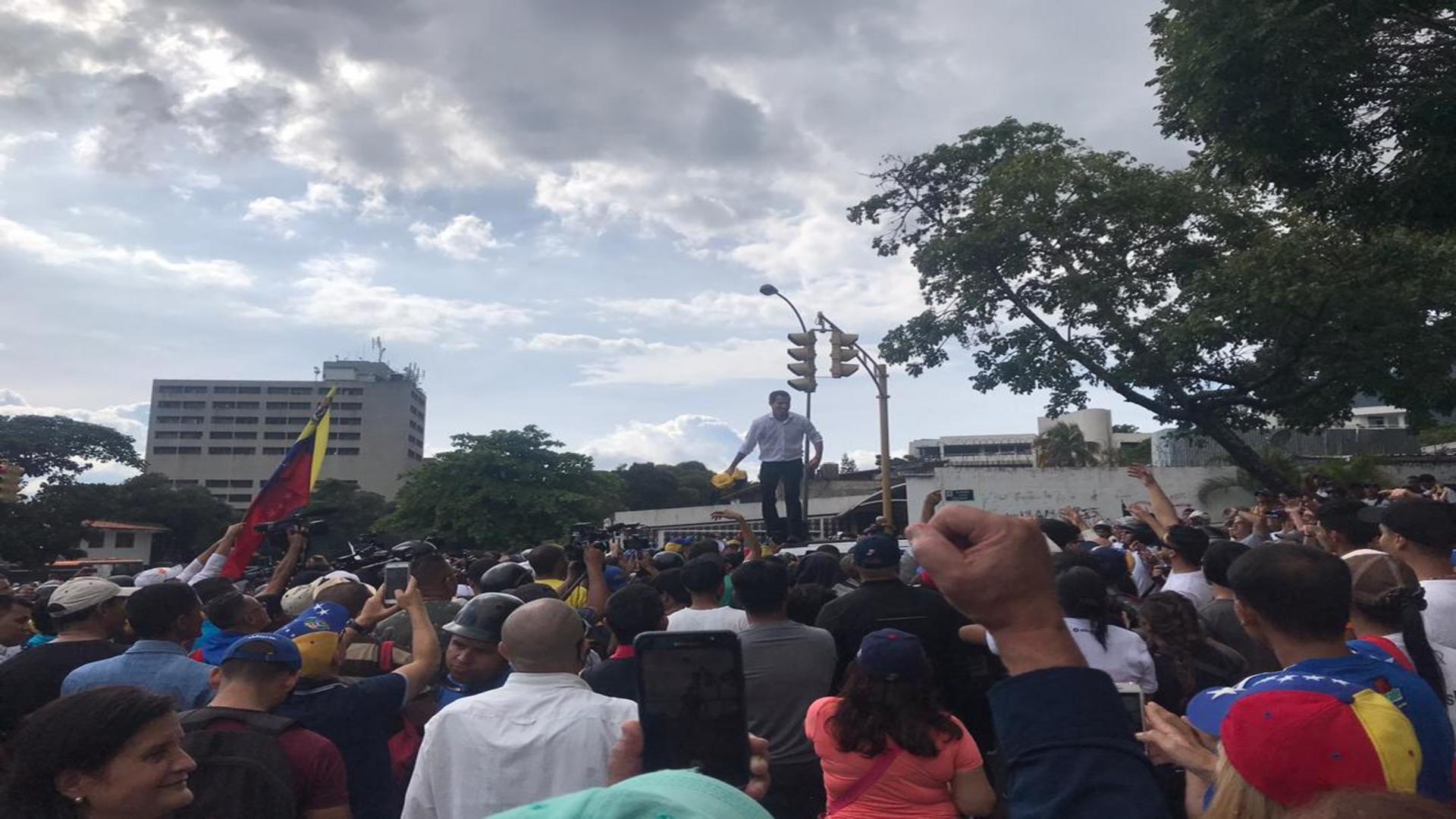 Guaidó anunciará la próxima semana los nuevos embajadores venezolanos en Bolivia