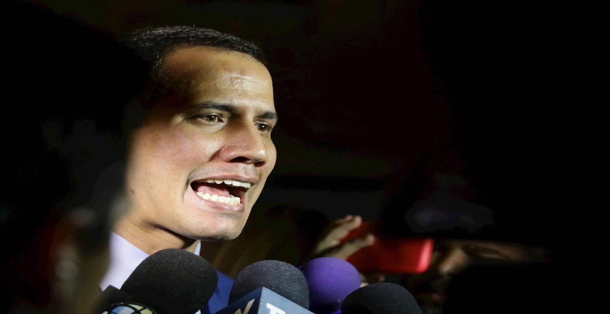 """Juan Guaidó en sede de Voluntad Popular: """"Buscaron intimidar y no lo lograron"""""""
