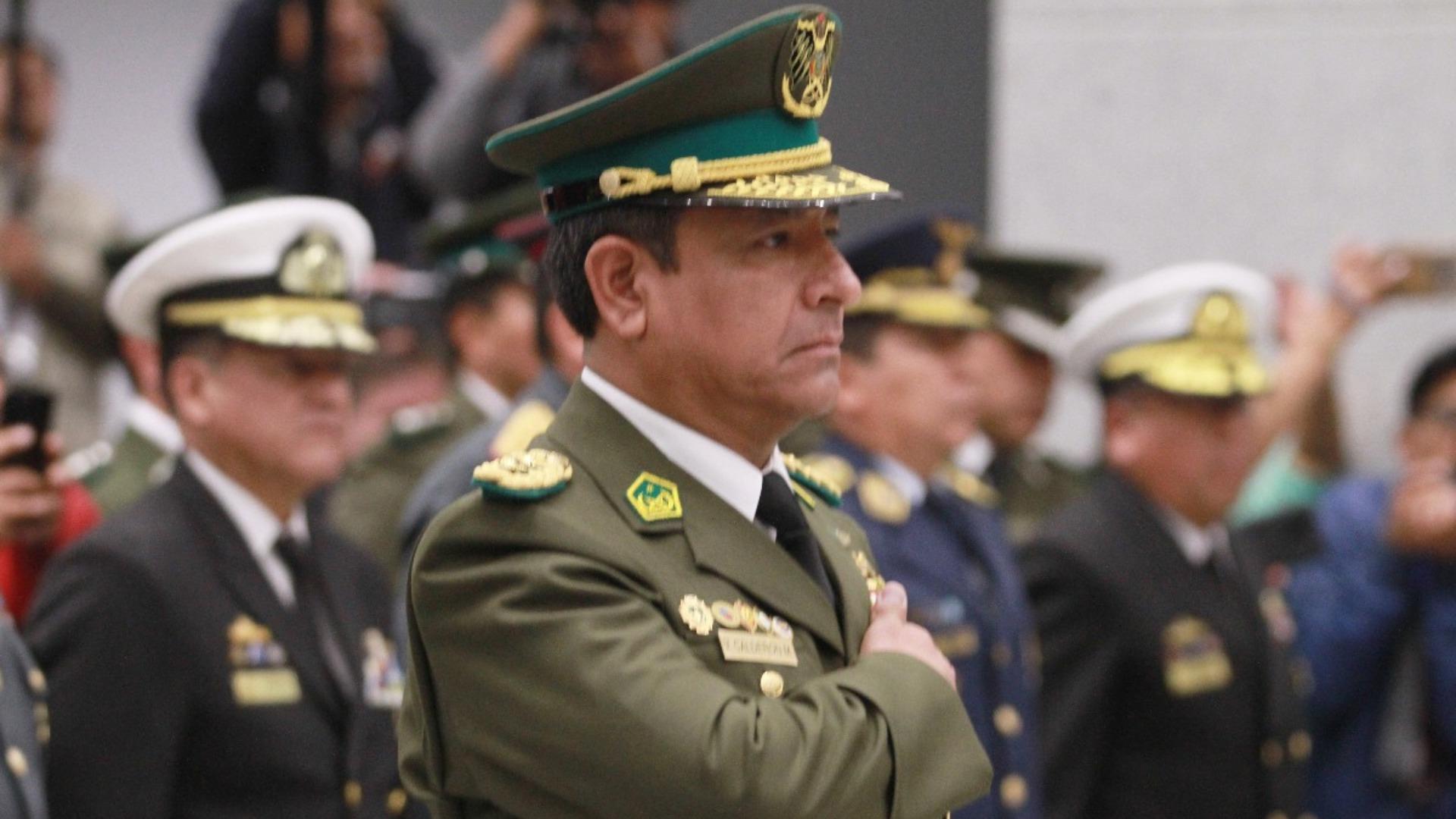 Comandante de la Policía de Bolivia renuncia a su cargo