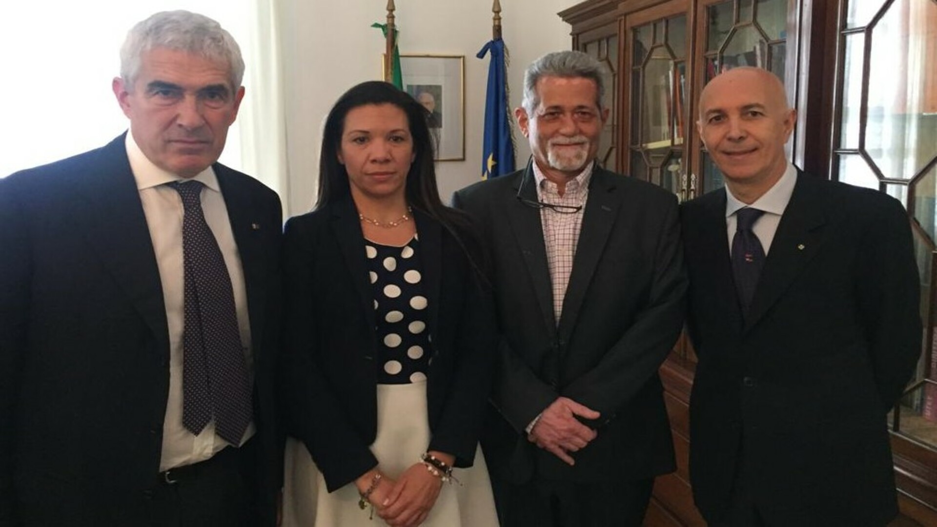 Diputados Américo De Grazia y Mariela Magallanes llegan a Italia luego de ser desterrados