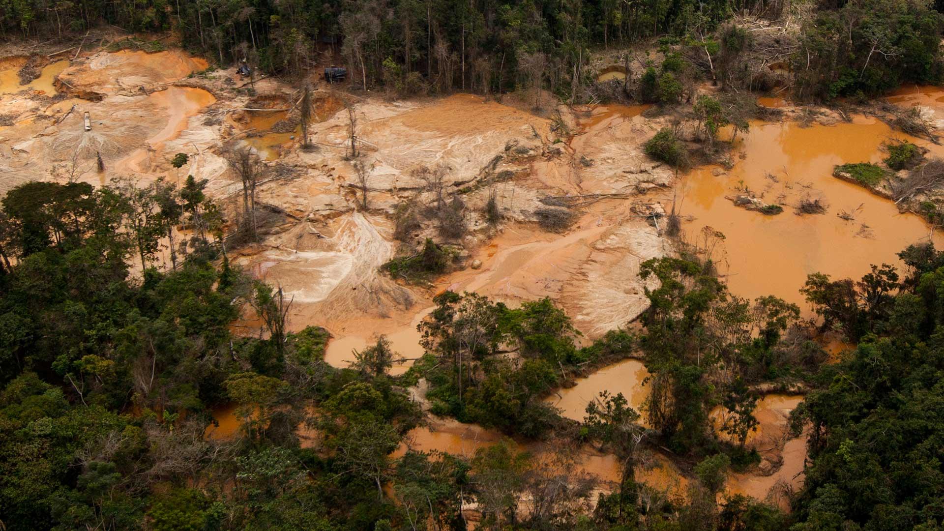 Estados Unidos no descarta más sanciones contra la industria del oro de Venezuela