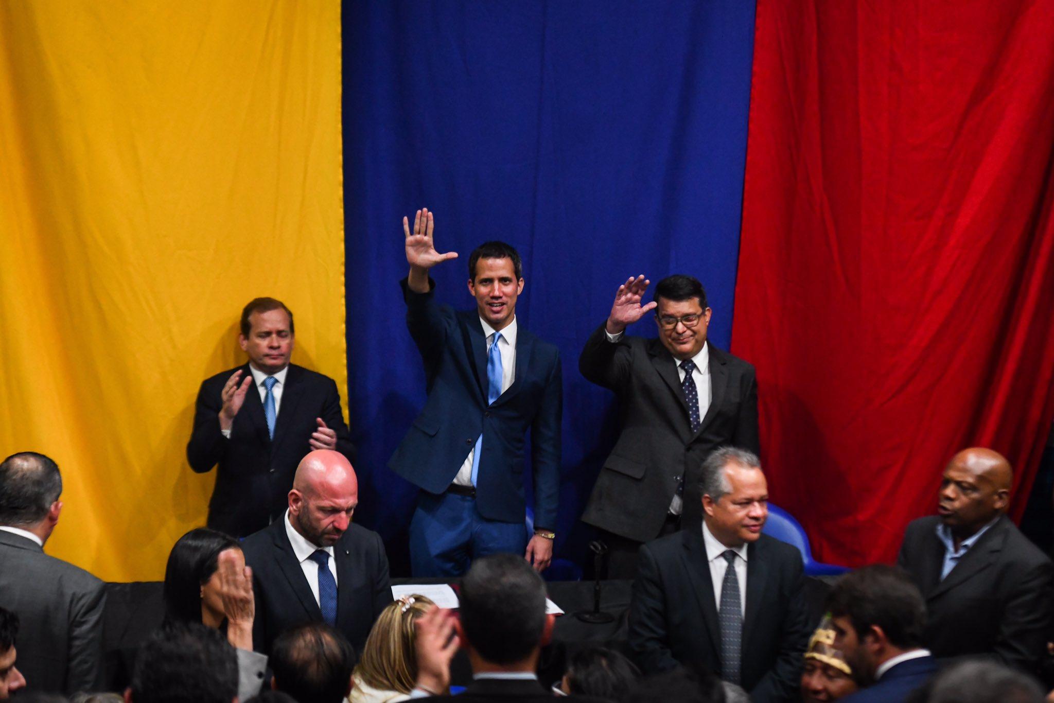 La hora de los suplentes y los 100 votos de Juan Guaidó