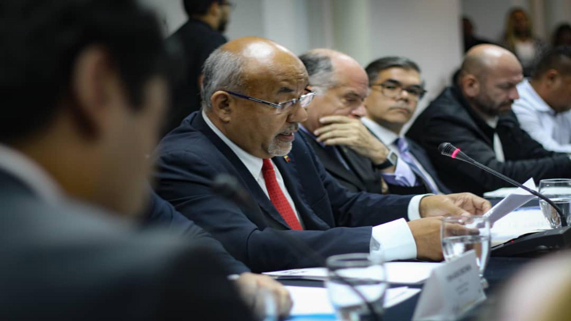 En su primera fase Plan País requiere mejorar 579 mil viviendas por deficiencias en paredes y techos en sectores populares