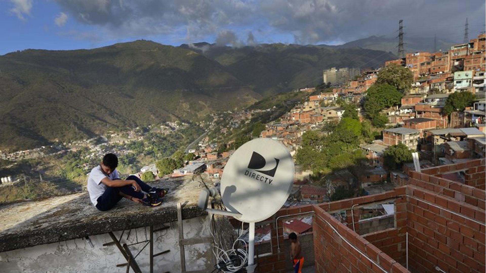 DirecTV considera  reincorporar canales de noticias que Maduro sacó del aire