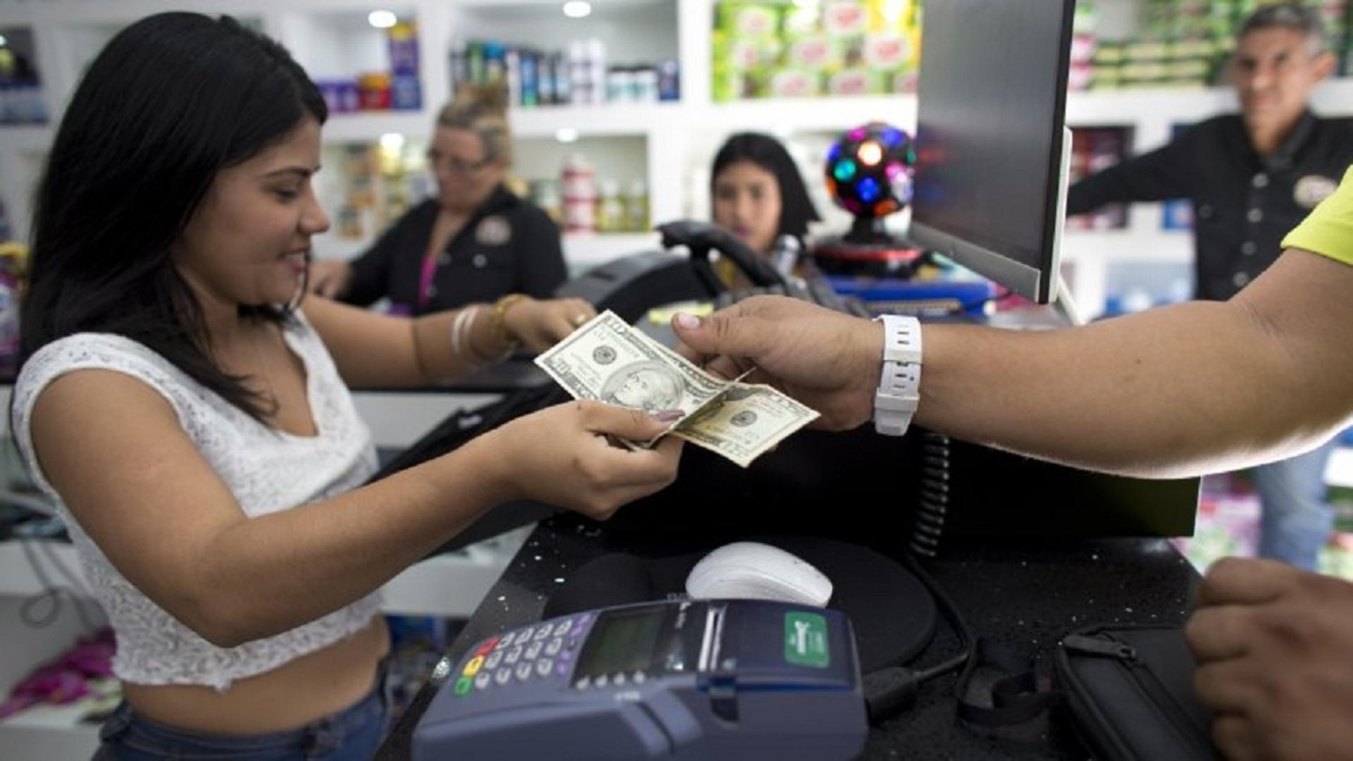 Reforma tributaria: otro autogol del gobierno, por Víctor Álvarez R