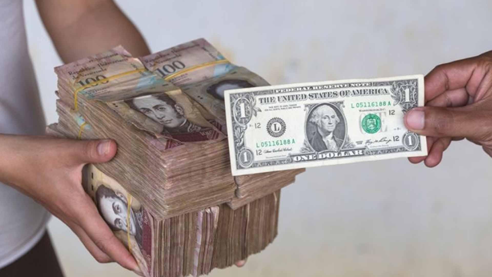 La hiperinflación es un impuesto para financiar el déficit del gobierno, por Víctor Álvarez R.