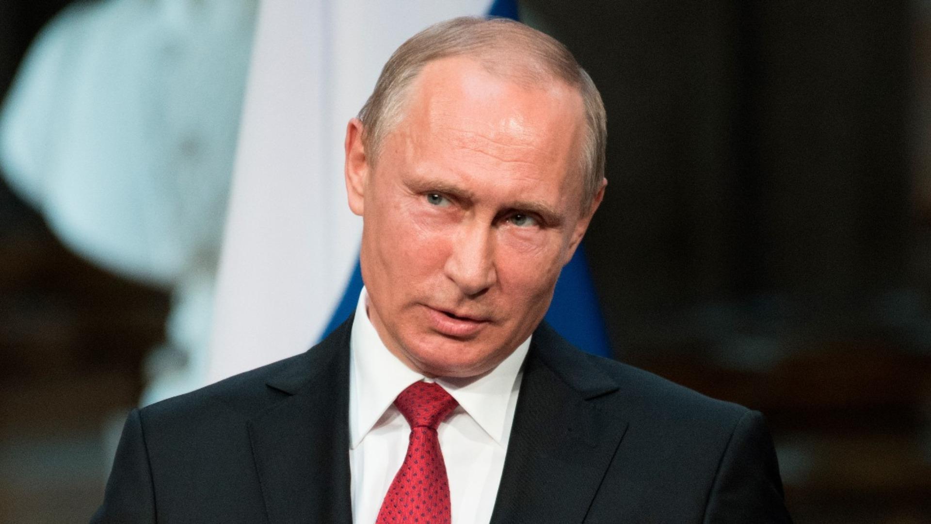 Rusia asegura que sanciones contra Rosneft no afectarán relaciones con Maduro