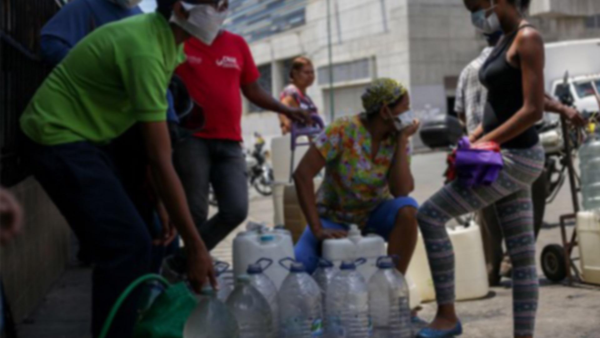 Salvoconducto no libra de penurias a trabajadores durante la cuarentena