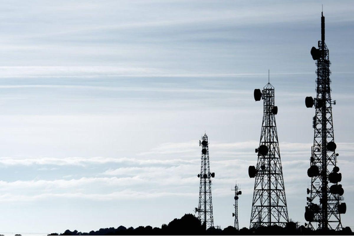 Bloomberg: La red de telecomunicaciones en Venezuela está a punto de quebrar