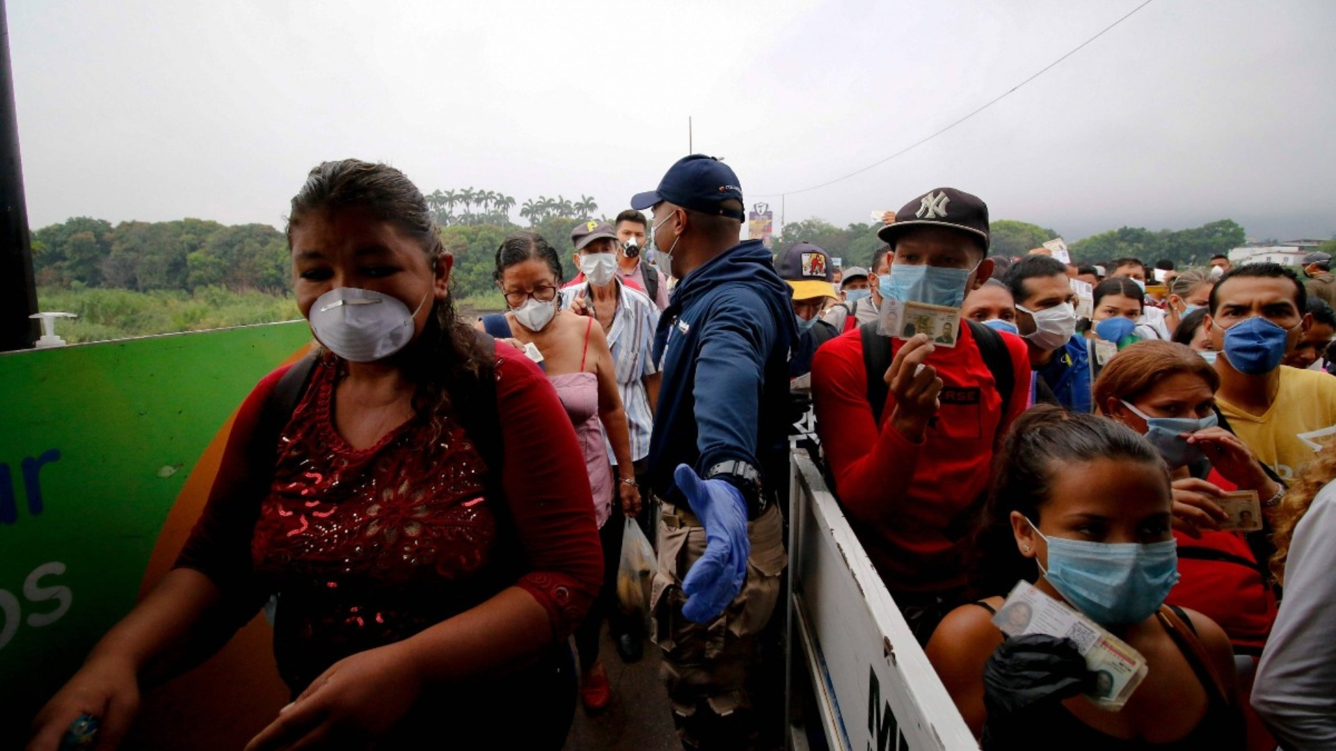 Colombia expulsa a 5 venezolanos por incumplir cuarentena