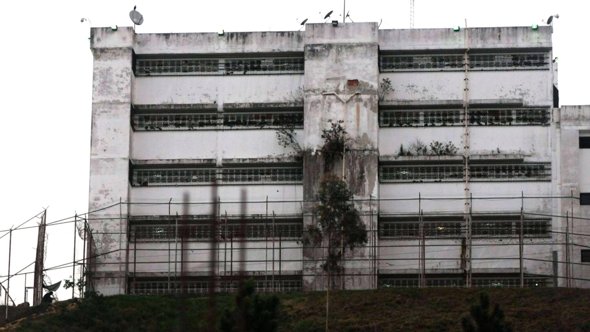 Foro Penal denuncia que hay 320 presos políticos en Venezuela
