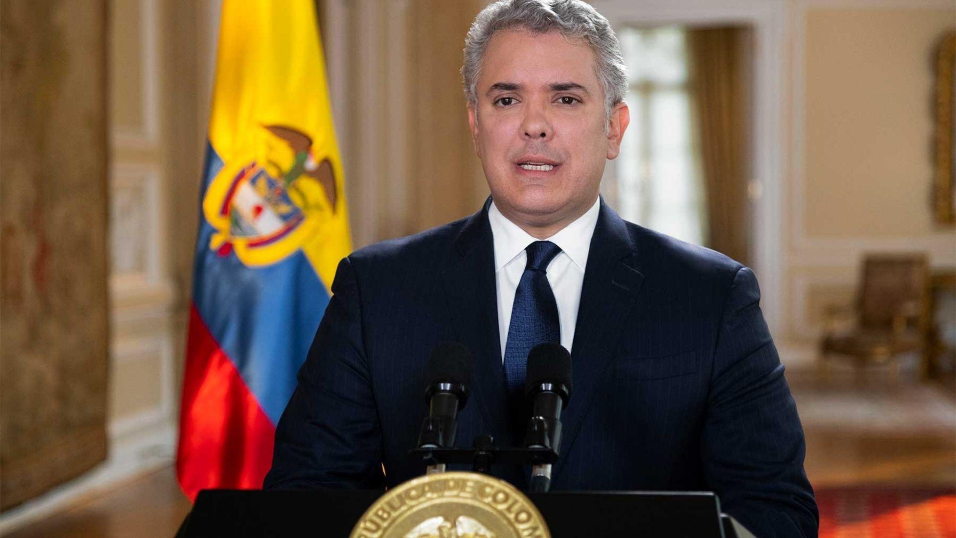 Duque firmó estatuto de protección para migrantes venezolanos
