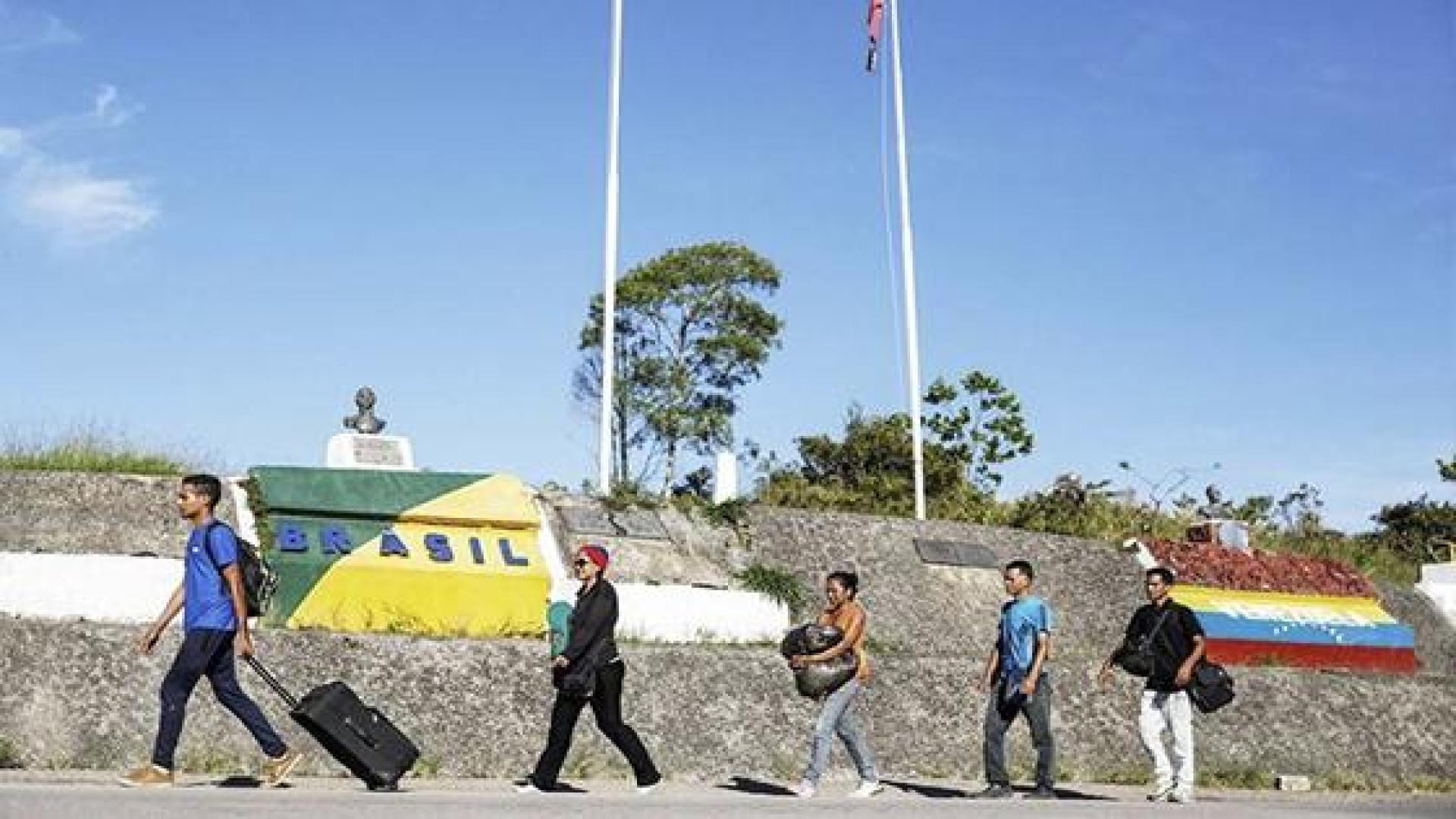 Brasil exige a diplomáticos de Maduro regularizar estatus migratorio